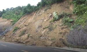 [Video] Hàng chục điểm sạt lở trên quốc lộ 12 nối Điện Biên - Lai Châu