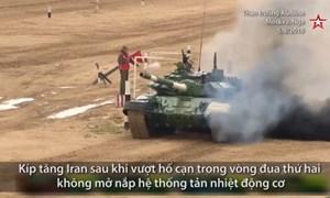 [Video] Đội Iran bị cháy xe vì phạm sai lầm khi đua tăng ở Nga