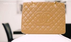 [Video] Làm mới túi Chanel 3.000 USD bị cháy
