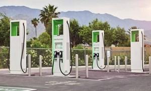 Hoa Kỳ duyệt chi 7,5 tỷ đô la phát triển trạm sạc xe điện