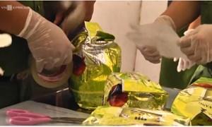 [Video] TP. Hồ Chí Minh: Truy bắt nghi phạm ma túy ném lựu đạn chống trả cảnh sát
