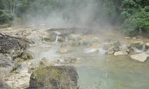 [Video] Dòng sông tử thần ở Amazon, 'luộc chín' mọi sinh vật rơi xuống