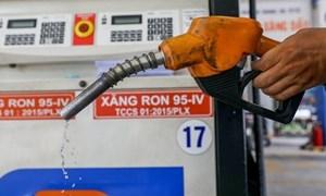 Giá xăng dầu quay đầu giảm do động thái từ Iran