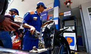 Giá xăng dầu tiếp đà tăng do hỏa hoạn từ Mexico