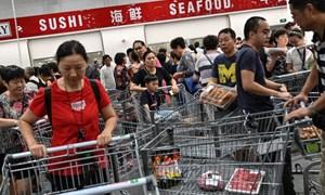 [Video] Giành giật mua hàng tại siêu thị Costco đầu tiên ở Trung Quốc