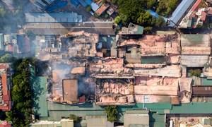 [Video] Cháy nhà máy Rạng Đông: Tan hoang nhà kho hơn 2ha