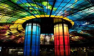 [Video] Ga tàu điện ngầm vòm kính lớn nhất thế giới ở Đài Loan