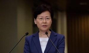 [Video] Trưởng đặc khu Hong Kong chính thức tuyên bố rút luật dẫn độ