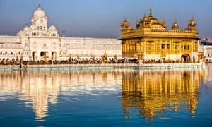 [Video] Ngôi đền dát vàng nổi tiếng ở Ấn Độ
