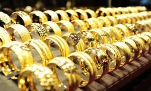 """Giá vàng """"nhúc nhích"""" tăng trở lại sau chuỗi ngày giảm mạnh"""