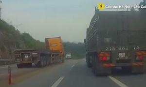 [Video] Xử lý nghiêm xe container đi ngược chiều, phá hỏng biển báo trên cao tốc