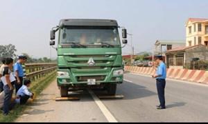 Ba mức xử phạt nặng xe chở quá tải, tài xế cần biết