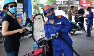 Giá xăng dầu tiếp đà giảm