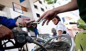 Giá xăng dầu tăng dữ dội