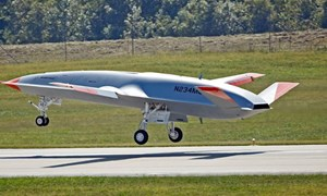 [Video] Mỹ bí mật thử nghiệm UAV tiếp nhiên liệu tàng hình