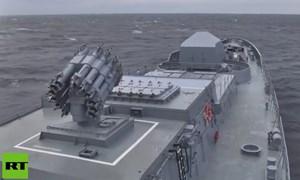 [Video] Nga thử sức mạnh tên lửa Kalibr trên Biển Đen, có khiến Tomahawk của Mỹ phát hờn?