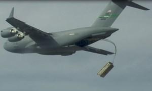 [Infographics] Loại tên lửa cực mạnh được Mỹ tích hợp để thả từ vận tải cơ C-17