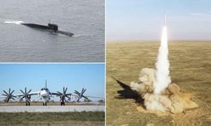 """[Video] bộ ba hạt nhân của Nga phô diễn uy lực """"sấm sét"""""""