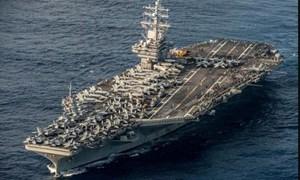 [Video] Tàu sân bay Mỹ tập trận giữa nhiều tàu Trung Quốc ở Biển Đông