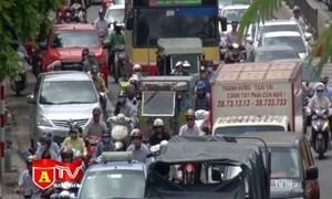 [Video] Hà Nội ra quân kiểm tra khí thải xe ô tô