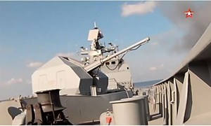 [Video] Nga tập trận bắn đạn thật ở Địa Trung Hải
