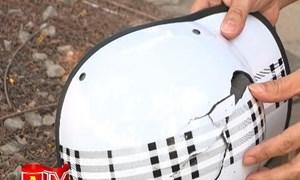 [Video] Mua mũ bảo hiểm xe máy kém chất lượng là không coi trọng sự an toàn của bản thân