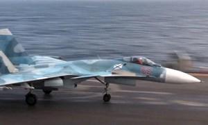 [Video] Nga công bố màn hạ cánh lịch sử của tiêm kích Su-33 trên mẫu hạm Nga