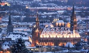 [Video] Khung cảnh tuyết phủ như xứ sở thần tiên ở châu Âu