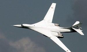 [Infographics] Tu-160 máy bay ném bom chiến lược của liên bang Nga