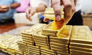 Giá vàng trong nước đi ngang, nhà đầu tư cần cẩn trọng