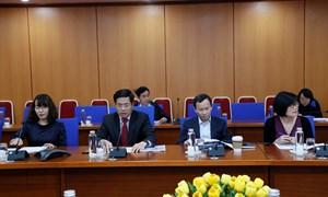 Bộ Tài chính tổ chức Hội thảo tăng cường mối quan hệ với nhà đầu tư