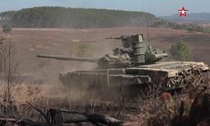 [Video] Xem xe tăng Lào khai hỏa trong lần đầu tiên tập trận chung với Nga