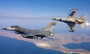 [Video] Tiêm kích Hy Lạp vờn chiến đấu cơ Thổ Nhĩ Kỳ