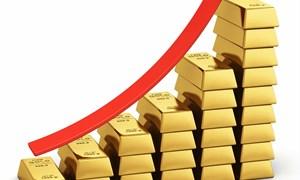 Tin xấu dồn dập, đẩy giá vàng thế giới lên đỉnh
