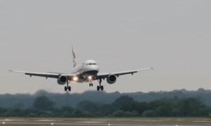[Video] Tại sao khi cất cánh và hạ cánh máy bay là lúc nguy hiểm nhất?