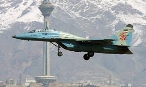 [Infographics] Chiến đấu cơ mạnh nhất Iran đâm xuống đất, 2 phi công thiệt mạng