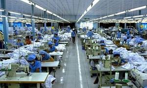 Thuế nhập khẩu nguyên liệu gia công được thực hiện theo quy định nào?