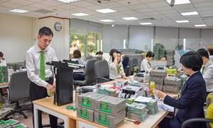 Vietcombank sẵn sàng phục vụ khách hàng giao dịch ATM dịp Tết