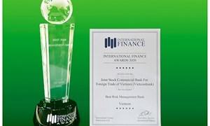 Vietcombank nhận 02 giải thưởng quốc tế