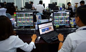Cơ hội cho nhà đầu tư cơ cấu danh mục?