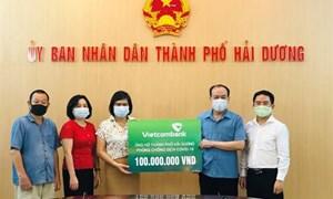 Vietcombank Hải Dương ủng hộ 100 triệu đồng phòng, chống dịch COVID–19 tại địa phương