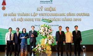 Vietcombank Bình Dương kỷ niệm 20 năm thành lập