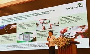 Vietcombank đẩy mạnh thanh toán không dùng tiền mặt trong lĩnh vực y tế