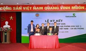 Vietcombank Hải Phòng hợp tác với hải quan thực hiện Chương trình doanh nghiệp nhờ thu