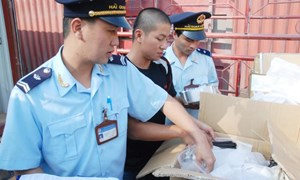 Hải quan Quảng Ninh và giải pháp vượt khó