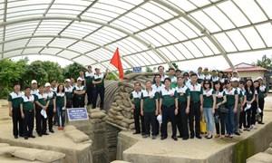 Vietcombank về nguồn Điện Biên