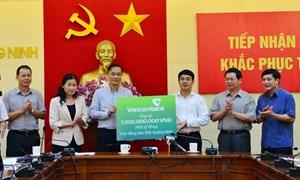 Vietcombank ủng hộ 2 tỷ đồng khắc phục thiệt hại mưa lũ tại Quảng Ninh
