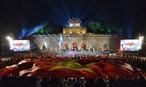 """Vietcombank phối hợp tổ chức chương trình """"Lá cờ Độc lập"""""""