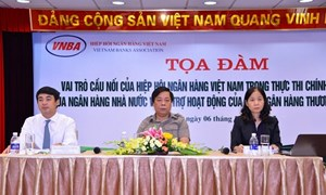 Vietcombank phối hợp tổ chức tọa đàm về chính sách tiền tệ