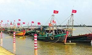 Thái Bình: Đồng hành cùng ngư dân bám biển